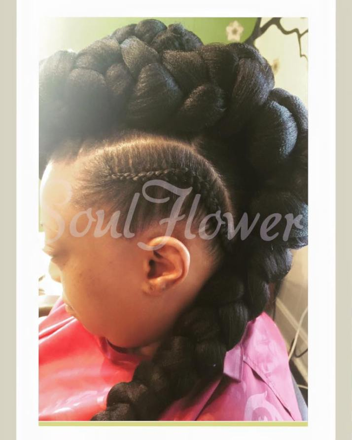Natural Hair Specialty Mohawk